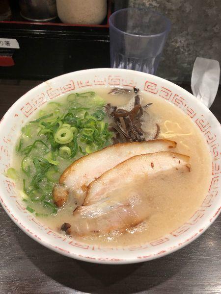 「ラーメン 680円」@博多らーめん 濱田屋 北千住店の写真
