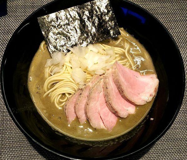 「肉中華そば(特濃)醤油&和え玉」@煮干乱舞の写真