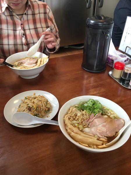 「醤油ラーメン ミニチャーハン」@麺屋 菜々兵衛の写真