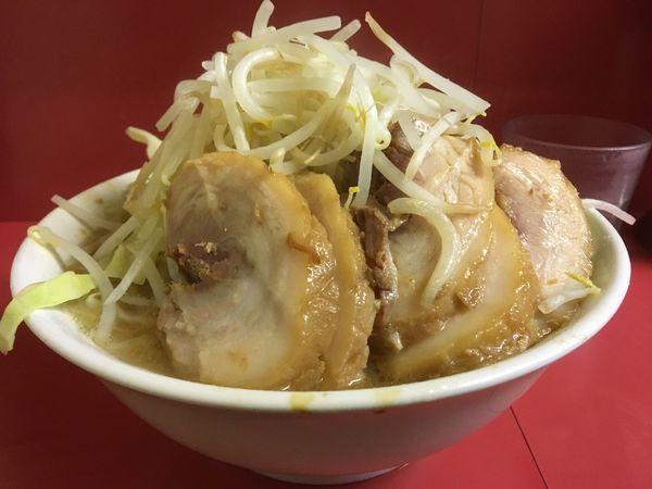 「小豚(ヤサイマシ)」@ラーメン二郎 桜台駅前店の写真