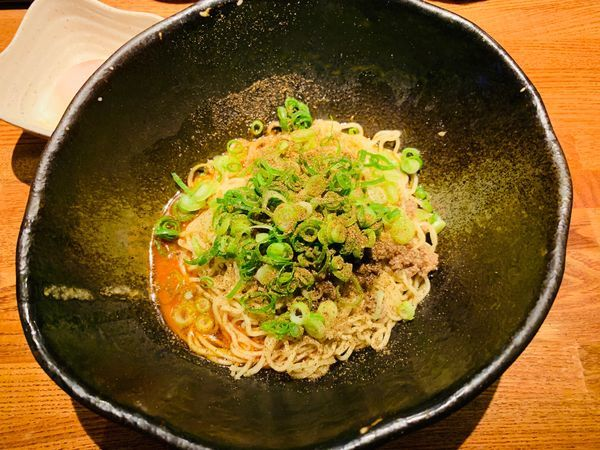 「汁なし坦坦麺(3辛)+温玉」@汁なし担担麺専門 キング軒 本通店の写真