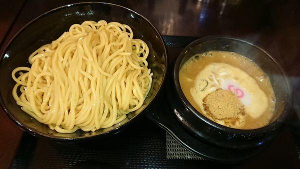 「つけ麺(850円)+特盛(100円)」@麺侍右京 反町店の写真