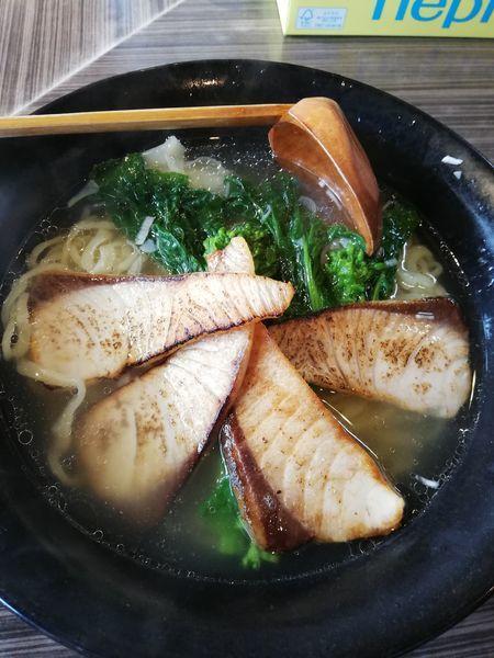 「ぶりと菜の花の塩らー麺(限定)」@厚木本丸亭の写真