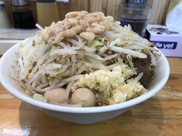 「小ラーメン+うずら玉子+生卵¥900」@らーめん つの旨の写真