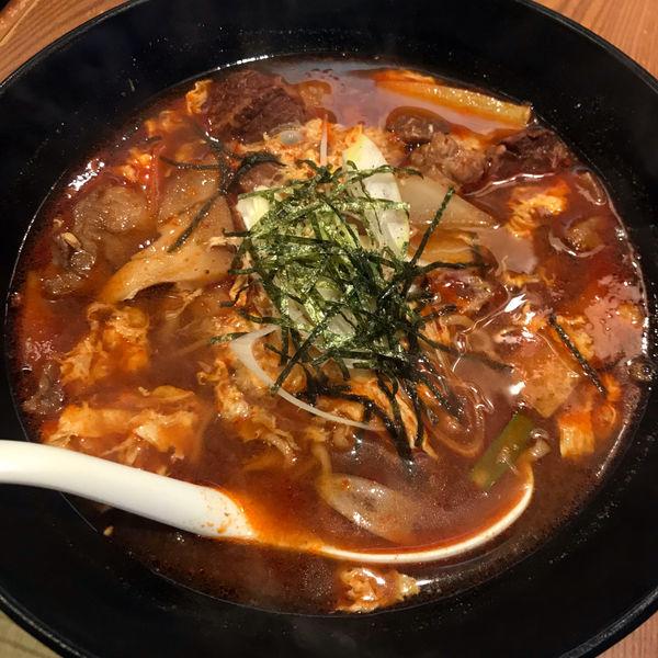 「カルビラーメン 800円 小ライス」@焼肉とうげん 大泉店の写真
