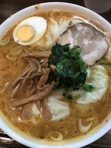 「味噌ワンタン麺  680円」@中華そば 光来の写真