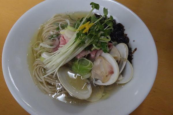 「【限定】蛤そば白+牡蠣ぺご飯」@と多゛食堂の写真