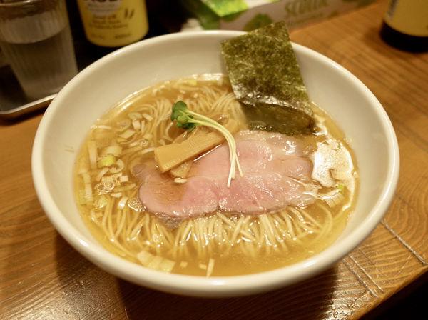 「中華そば しお…750円」@らぁ麺 ないとりっぷの写真