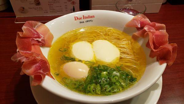 「生ハムフロマージュ1180円」@黄金の塩らぁ麺 due Italian 市ヶ谷店の写真