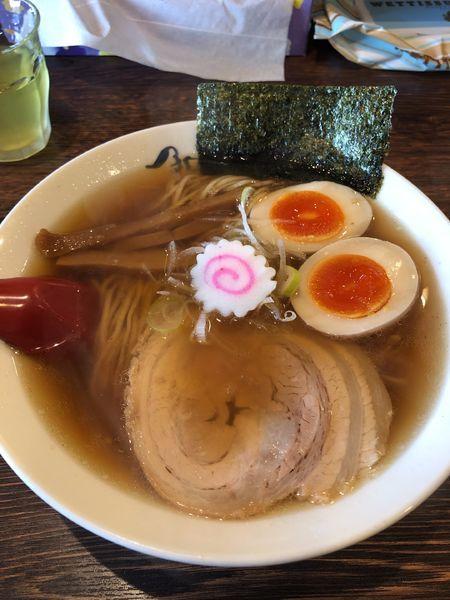 「淡成ラーメン 600円+味玉」@麺や紡の写真