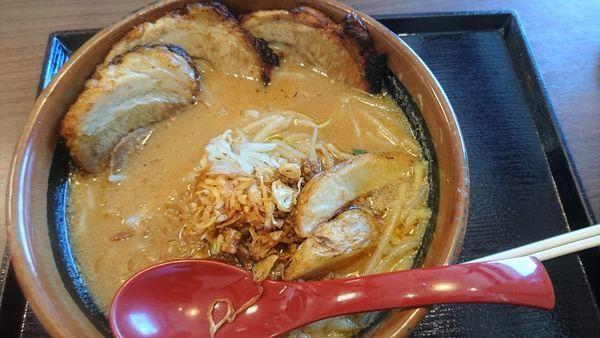 「北海道味噌味噌漬け炙りチャーシュー麺」@蔵出し味噌 麺場 田所商店 城陽店の写真