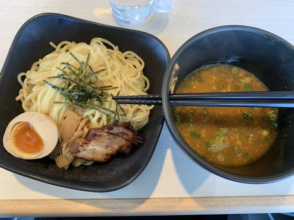 「月曜限定黒つけ麺弐号」@電撃羅愛麺 青空きっど 零の写真