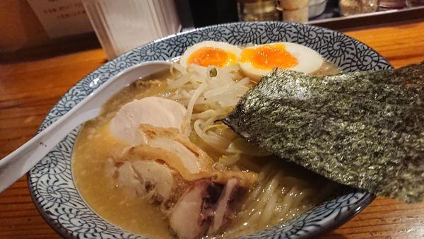 「特製濃厚味噌らーめん」@濃厚鶏そば 麺屋 武一 横浜関内店の写真