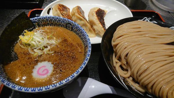 「濃厚つけ麺(特)+餃子3個」@松戸富田麺絆の写真