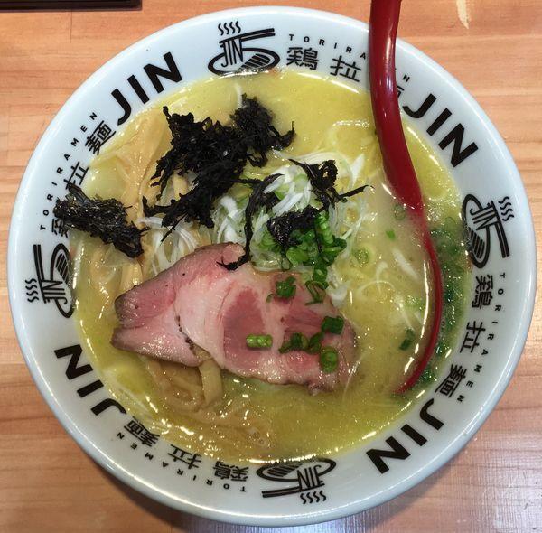 「鶏白湯塩拉麺」@鶏拉麺JINの写真