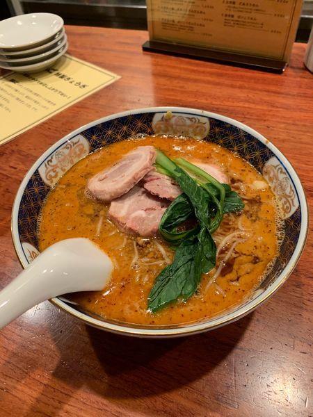 「だあろうだんだん麺」@支那麺 はしご 銀座本店の写真
