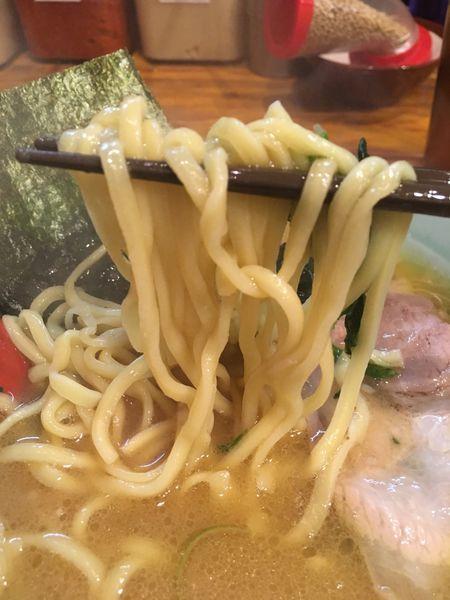 「ラーメン700円」@洞くつ家の写真