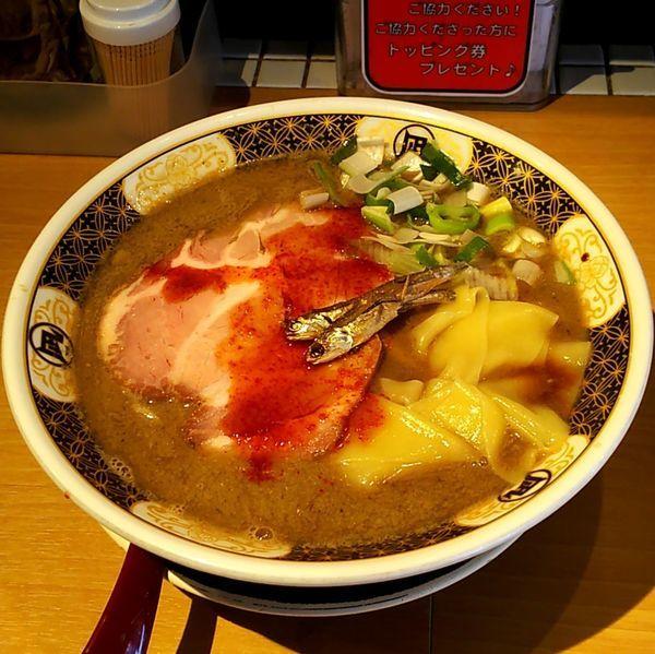 「すごい煮干しラーメン」@すごい煮干ラーメン凪 新宿ゴールデン街店 別館の写真
