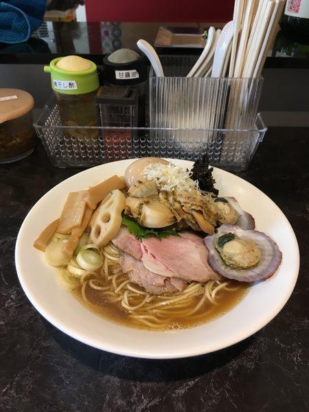 「ホタテと煮干しの淡麗」@中華SOBA にぼ乃詩の写真