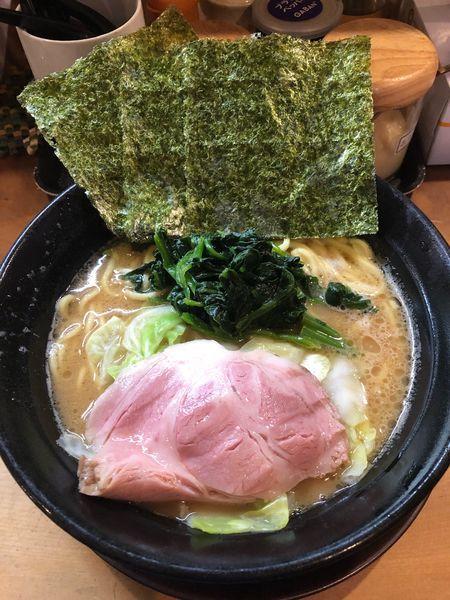「ラーメン並、硬め濃いめ」@横浜家系ラーメン 喬の写真
