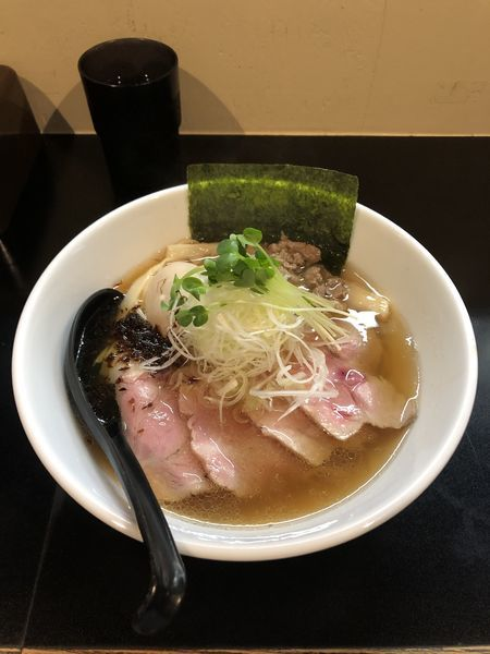 「特製醤油らーめん」@麺や 勝治の写真