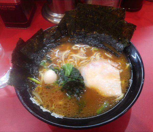 「ラーメン(海苔増し)」@壱六家 横浜店の写真