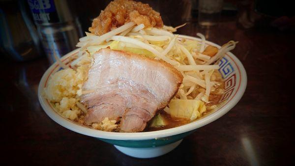 「ミニらーめん 麺カタメ 野菜ニンニクアブラ少しマシ」@ラーメン二郎 めじろ台店の写真