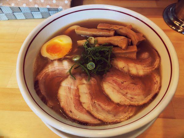 「和風薬膳醤油ラーメン(全部乗せ)」@らーめん許々屋の写真