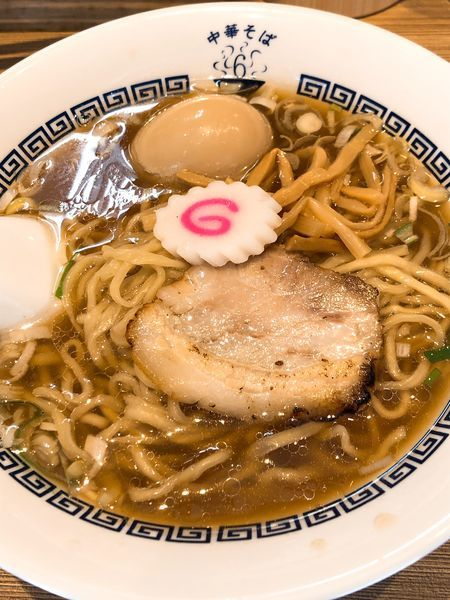 「中華そば(白)手もみ麺 味玉入り ¥800」@中華そば 六感堂の写真