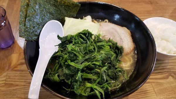 「豚骨醤油 中盛 油多め」@らあめん 万咲 松本店の写真