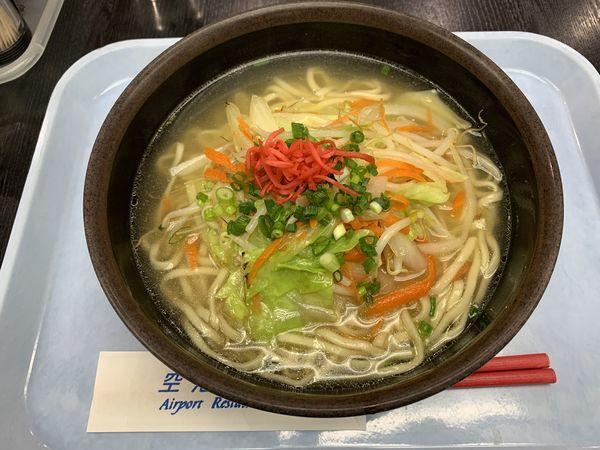 「野菜そば 690円」@空港食堂の写真