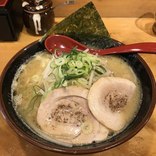 「ラーメン(¥680)」@一本屋の写真