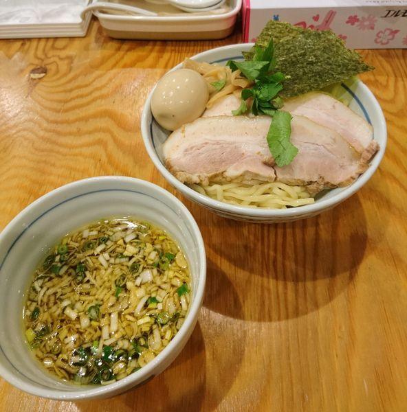 「特製鶏だしつけ麺 醤油 中盛」@麺屋くおん 上里店の写真