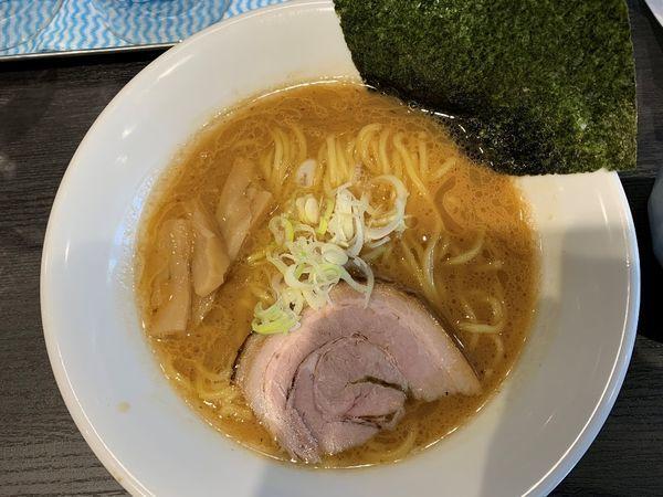 「濃厚らー麺」@ラーメン明香苑の写真