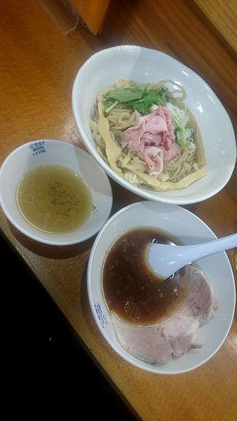 「限定『昆布水つけ麺+大盛+レアチャーシュー』」@らーめん 波の花の写真