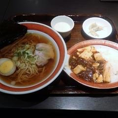 紅虎餃子房 新千歳空港店の写真