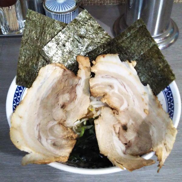 「醤油ラーメン+チャーシュー1枚」@麺や てつの写真