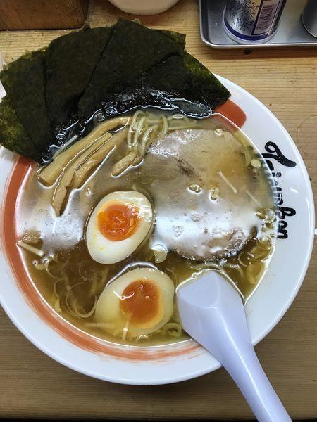 「味タマゴラーメン(細麺) 650円 + のり 100円」@中野大勝軒の写真