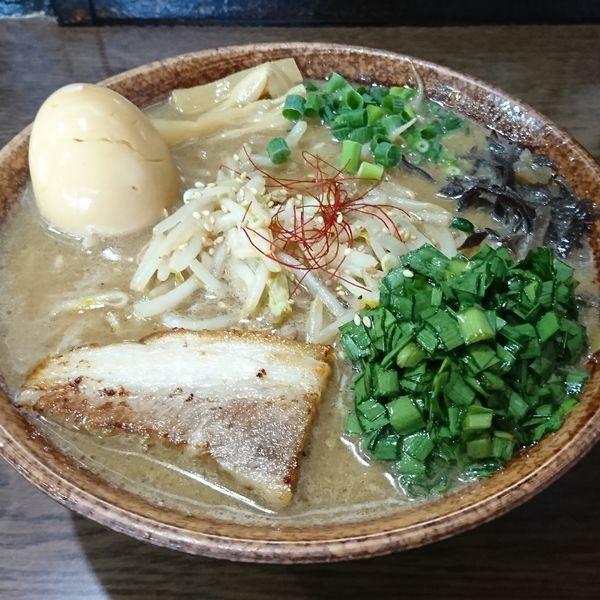 「味玉味噌ラーメン ニラ漬け」@北青山の写真