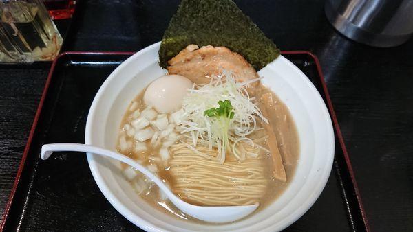 「煮干し濃度 標準(★★★☆☆) 味玉ラーメン 900円」@煮干しらーめん専門店 麺屋 晴の写真