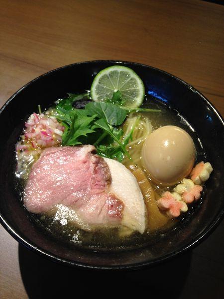 「味玉しお 900円」@RAMEN Wingの写真