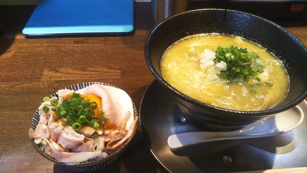 「鶏そば(醤油)+チャーシューごはん」@麺道 麒麟児の写真