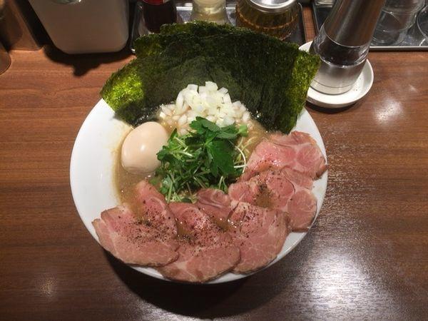 「濃厚烏賊煮干中華そば 具だくさん特製(醤油)」@麺屋 ねむ瑠の写真