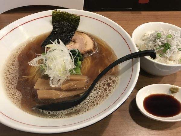 「極にぼしらーめん800円+ミニしらす丼」@麺屋 はちどりの写真