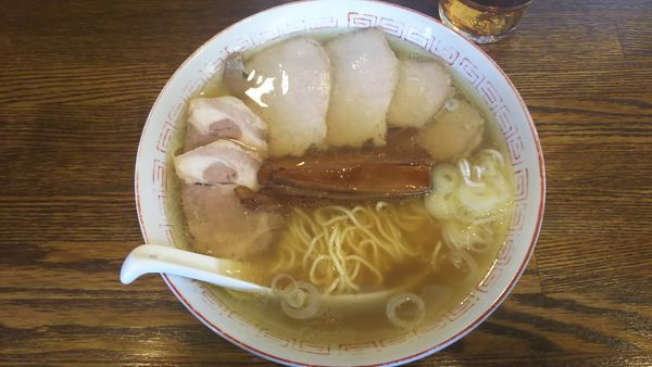 「中華そば+焼豚 850円」@中華そば さとう 大船店の写真