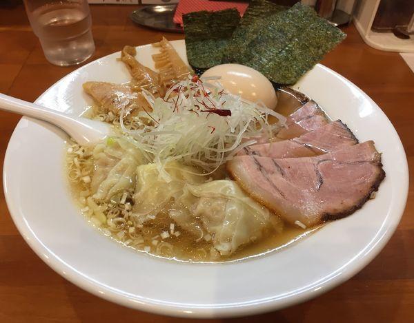 「【限定】特製ワンタン麺」@麺道我飯の写真