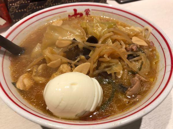 「味噌タンメン ゆで卵」@蒙古タンメン 中本 新宿店の写真