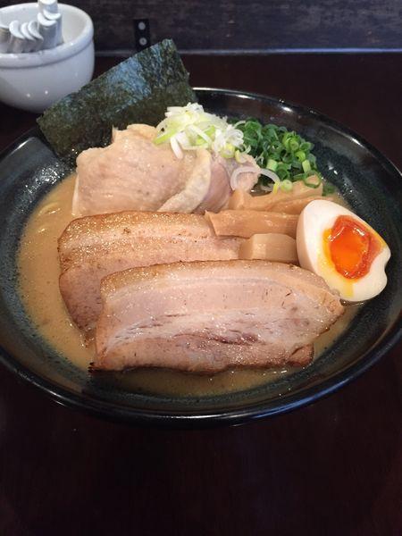 「特製濃厚鶏だしラーメン 醤油 大」@らーめんなが田の写真
