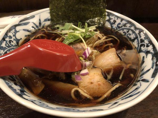「タマリ醤油そば」@中華そば 東京ぐれっちの写真