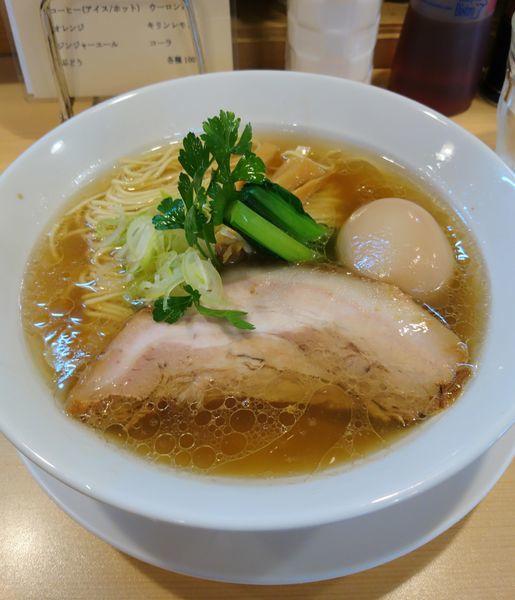 「醤油らーめん 味玉」@らーめんDINING れんげの写真